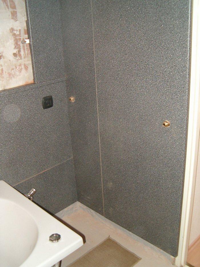 Fürdőszoba felújítás csempe helyett konyhai munkalappal – galéria  Home & Decor – lakberendezés