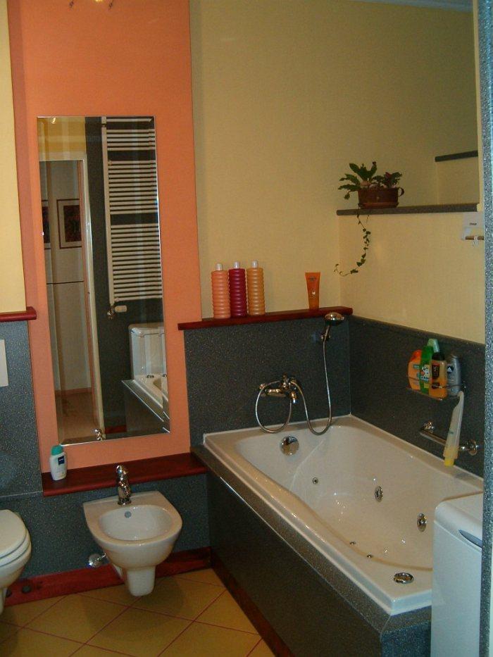 Fürdőszoba felújítás csempe helyett konyhai munkalappal – galéria – 3.rész  Home & Decor ...
